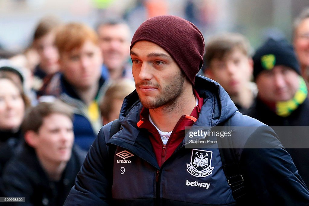 <a gi-track='captionPersonalityLinkClicked' href=/galleries/search?phrase=Andy+Carroll+-+Soccer+Player&family=editorial&specificpeople=1449090 ng-click='$event.stopPropagation()'>Andy Carroll</a> of West Ham United is seen on arrival at the stadium prior to the Barclays Premier League match between Norwich City and West Ham United at Carrow Road on February 13, 2016 in Norwich, England.