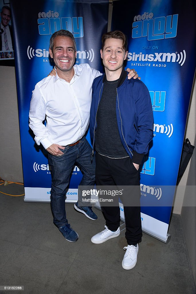 Andy Cohen (L) and Ben McKenzie visit at SiriusXM Studios on February 29, 2016 in New York City.