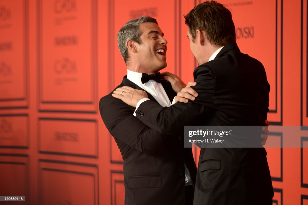 Andy Cohen (L) and Ethan Hawke attend the 2013 CFDA Fashion Awards on June 3, 2013 in New York, United States.