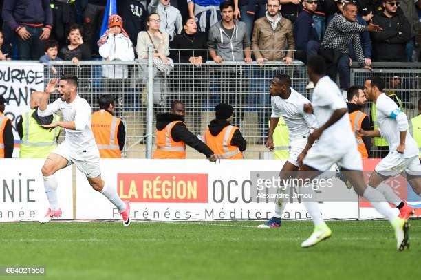 Andy Delort of Toulouse Celebrates him Goal during the French Ligue 1 match between Montpellier and Toulouse at Stade de la Mosson on April 2 2017 in...