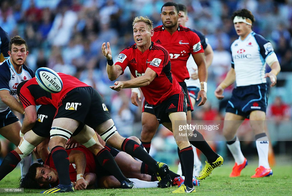 Andy Ellis of the Crusaders passes during the Super Rugby trial match between the Waratahs and the Crusaders at Allianz Stadium on February 14, 2013 in Sydney, Australia.