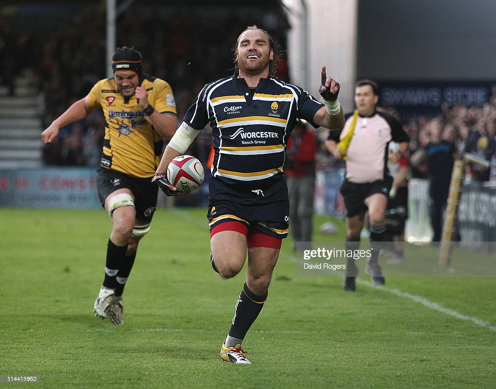 Andy Goode of Worcester celebrates as he races clear to score a try during the RFU Championship play off second leg match between Worcester Warriors...