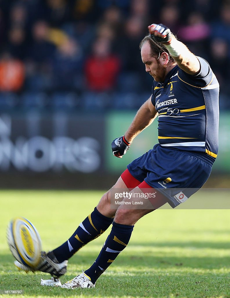 <a gi-track='captionPersonalityLinkClicked' href=/galleries/search?phrase=Andy+Goode&family=editorial&specificpeople=211564 ng-click='$event.stopPropagation()'>Andy Goode</a> of Worcester kicks a penalty kick during the Aviva Premiership match between Worcester Warriors and Northampton Saints at Sixways Stadium on February 16, 2013 in Worcester, England.