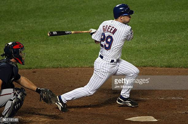 Andy Green of the New York Mets bats against the Atlanta Braves on August 19 2009 at Citi Field in the Flushing neighborhood of the Queens borough of...