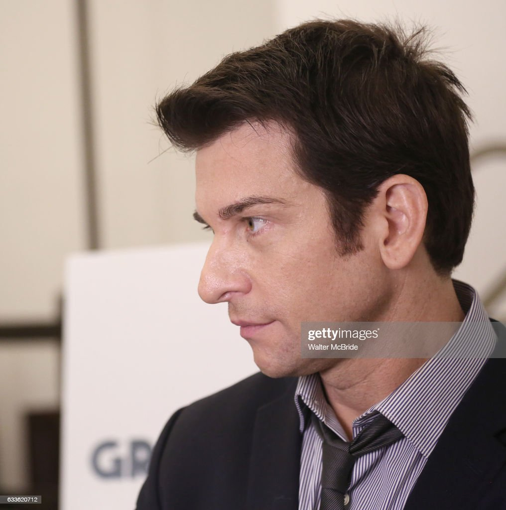 andy karl attends the groundhog day press day at the new 42nd street picture id633620712