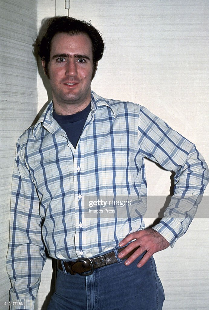<a gi-track='captionPersonalityLinkClicked' href=/galleries/search?phrase=Andy+Kaufman&family=editorial&specificpeople=587929 ng-click='$event.stopPropagation()'>Andy Kaufman</a> circa 1980 in New York City.