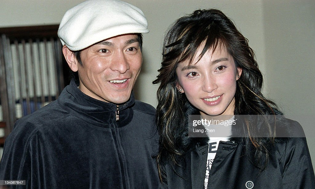 <a gi-track='captionPersonalityLinkClicked' href=/galleries/search?phrase=Andy+Lau&family=editorial&specificpeople=171171 ng-click='$event.stopPropagation()'>Andy Lau</a> (L), <a gi-track='captionPersonalityLinkClicked' href=/galleries/search?phrase=Li+Bingbing&family=editorial&specificpeople=697017 ng-click='$event.stopPropagation()'>Li Bingbing</a> (R) during 'Cat and Mouse' Shanghai Press Conference in Shanghai, Shanghai, China.