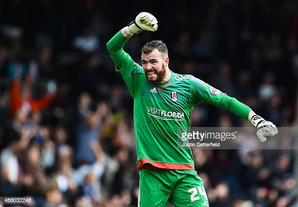 Andy Lonergan of Fulham FC celebrates fulhams 2nd goal at Craven Cottage during the Sky Bet Football League Championship match between Fulham and...