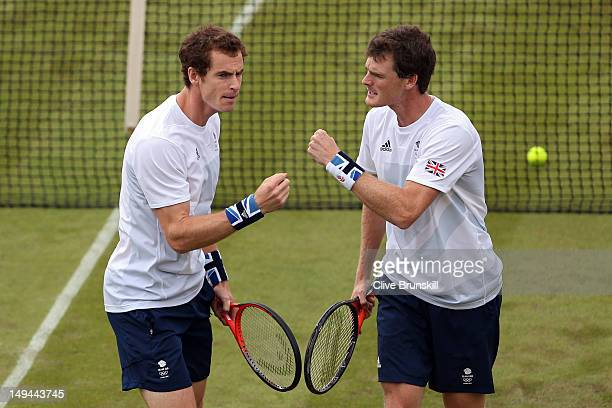 Andy Murray and Jamie Murray of Great Britain play against Alexander Peya and Jurgen Melzer of Austria during their Men's Doubles Tennis match on Day...