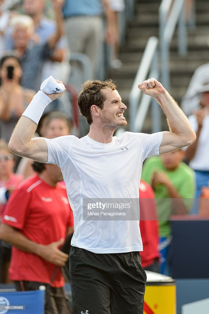 <a gi-track='captionPersonalityLinkClicked' href=/galleries/search?phrase=Andy+Murray+-+Jogador+de+t%C3%A9nis&family=editorial&specificpeople=200668 ng-click='$event.stopPropagation()'>Andy Murray</a> of Great Britain celebrates after defeating Novak Djokovic of Serbia 6-4, 4-6, 6-3 during day seven of the Rogers Cup at Uniprix Stadium on August 16, 2015 in Montreal, Quebec, Canada.