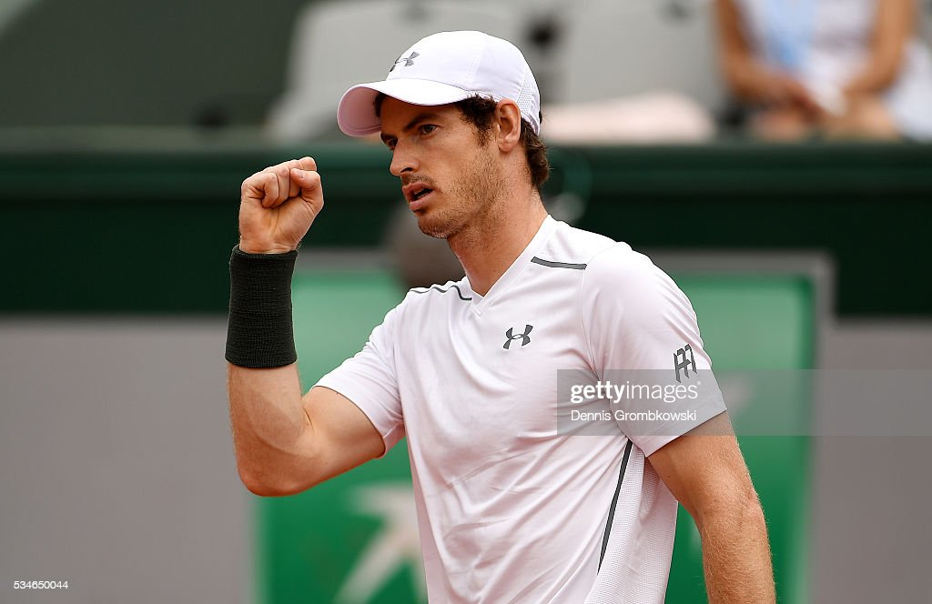 <a gi-track='captionPersonalityLinkClicked' href=/galleries/search?phrase=Andy+Murray+-+Tennis+Player&family=editorial&specificpeople=200668 ng-click='$event.stopPropagation()'>Andy Murray</a> of Great Britain celebrates during the Men's Singles third round match against Ivo Karlovic of Croatia on day six of the 2016 French Open at Roland Garros on May 27, 2016 in Paris, France.