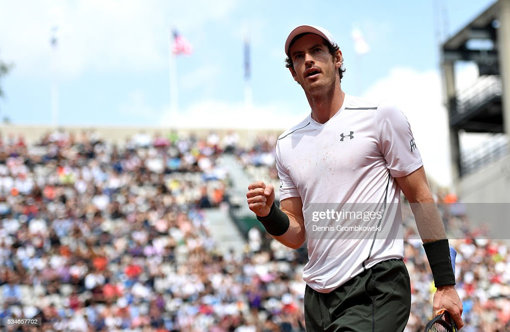 Andy Murray of Great Britain celebrates during the Men's Singles third round match against Ivo Karlovic of Croatia on day six of the 2016 French Open at Roland Garros on May 27, 2016 in Paris, France.