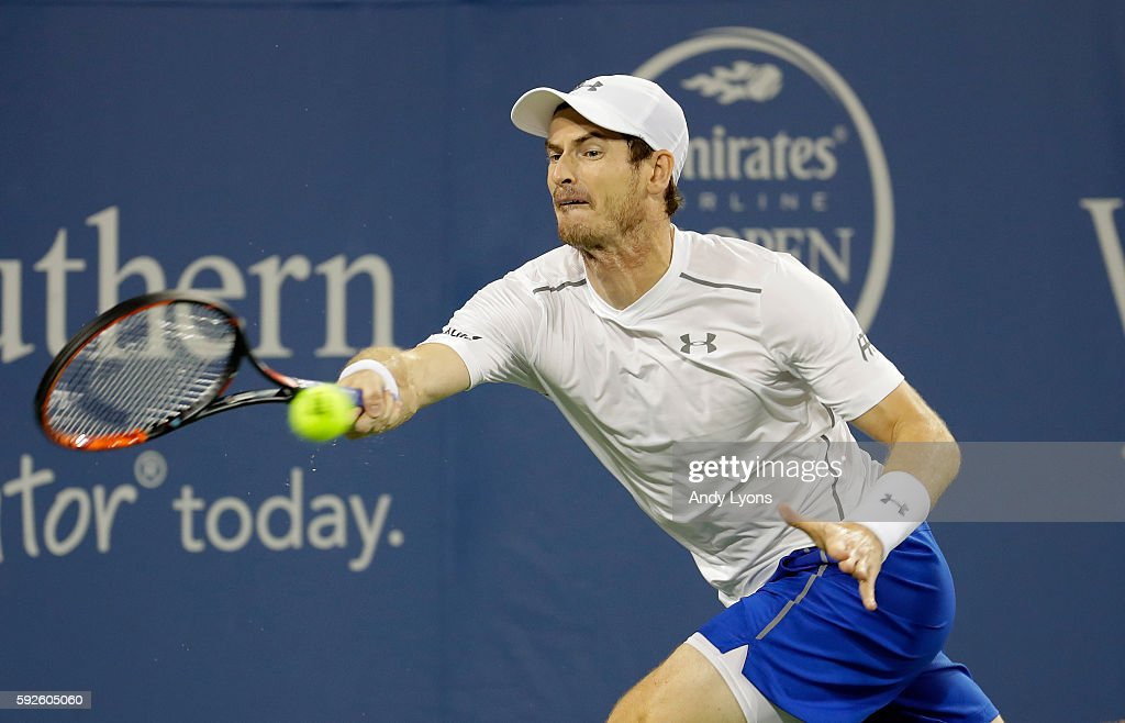 Andy Murray of Great Britain hits a return in the semifinal match against Milos Raonic during day 8 of the Western & Southern Open at the Lindner Family Tennis Center on August 20, 2016 in Mason, Ohio.