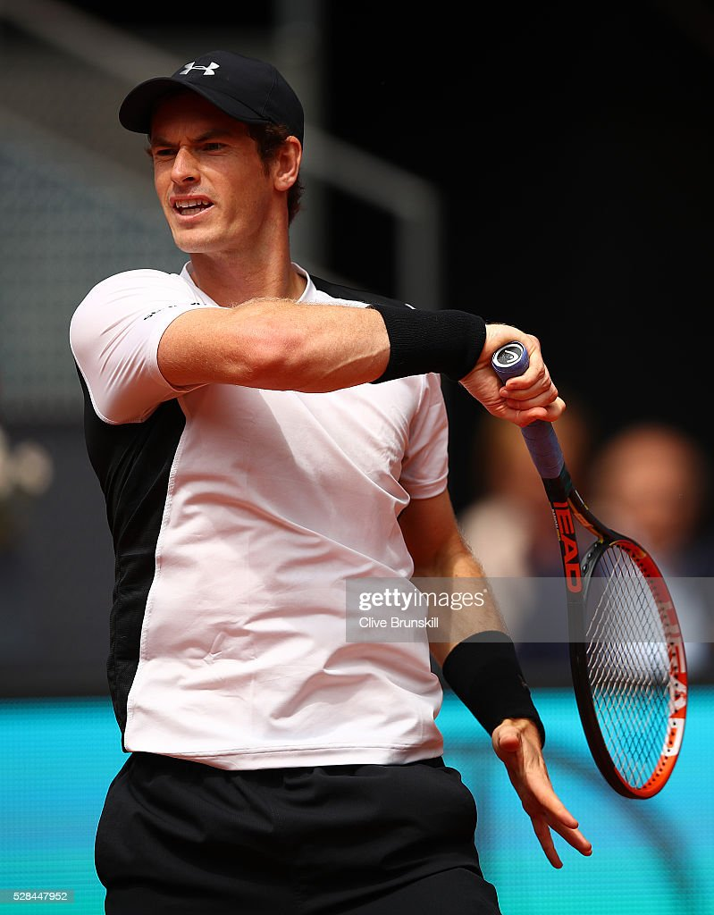 <a gi-track='captionPersonalityLinkClicked' href=/galleries/search?phrase=Andy+Murray+-+Tennisser&family=editorial&specificpeople=200668 ng-click='$event.stopPropagation()'>Andy Murray</a> of Great Britain in action against Gilles Simon of France in their third round match during day six of the Mutua Madrid Open tennis tournament at the Caja Magica on May 05, 2016 in Madrid,Spain