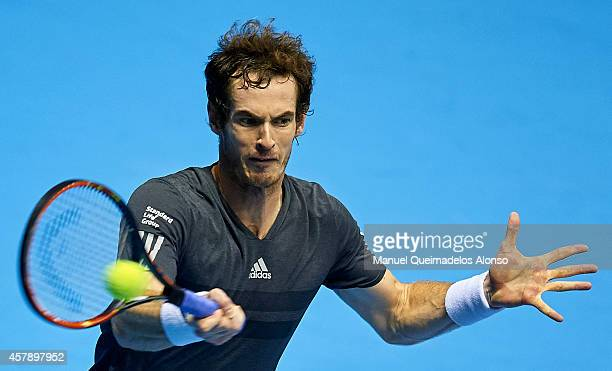 Andy Murray of Great Britain in action against Tommy Robredo of Spain in the final during day seven of the ATP 500 World Tour Valencia Open tennis...