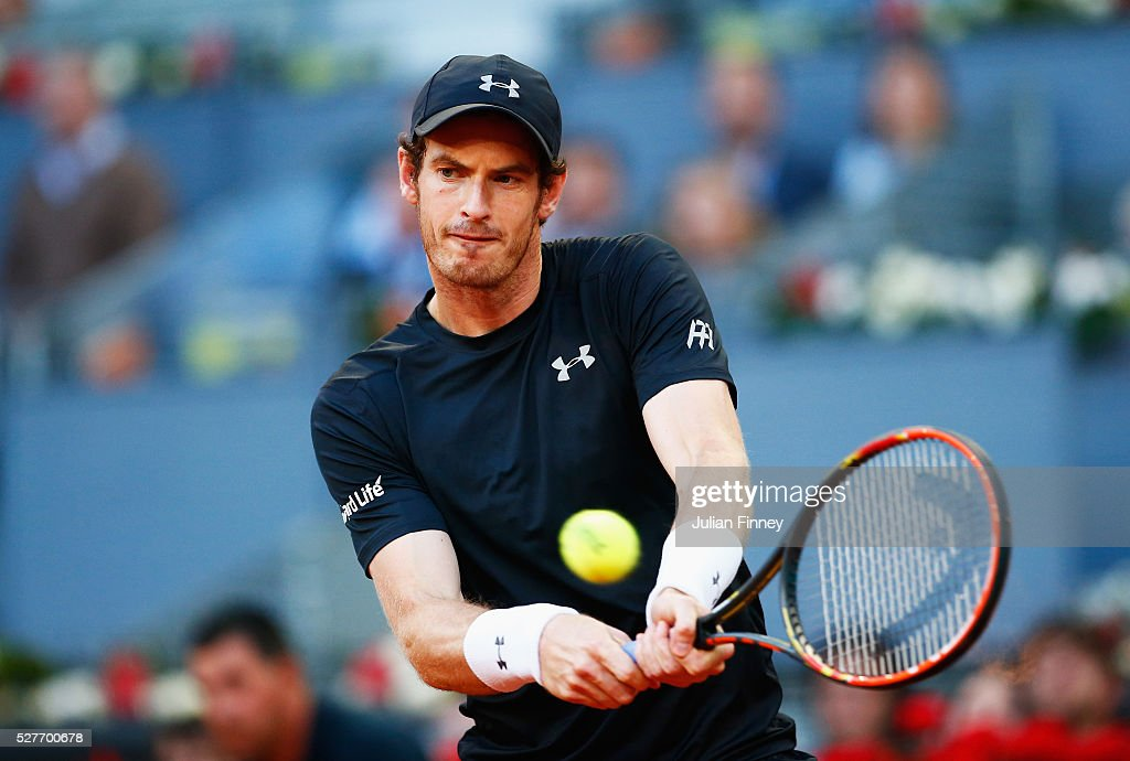 <a gi-track='captionPersonalityLinkClicked' href=/galleries/search?phrase=Andy+Murray+-+Tennisspelare&family=editorial&specificpeople=200668 ng-click='$event.stopPropagation()'>Andy Murray</a> of Great Britain plays a backhand during the Men's singles second round match against Radek Stepanek of the Czech Republic on day four of the Mutua Madrid Open at La Caja Magica on May 3, 2016 in Madrid, Spain.