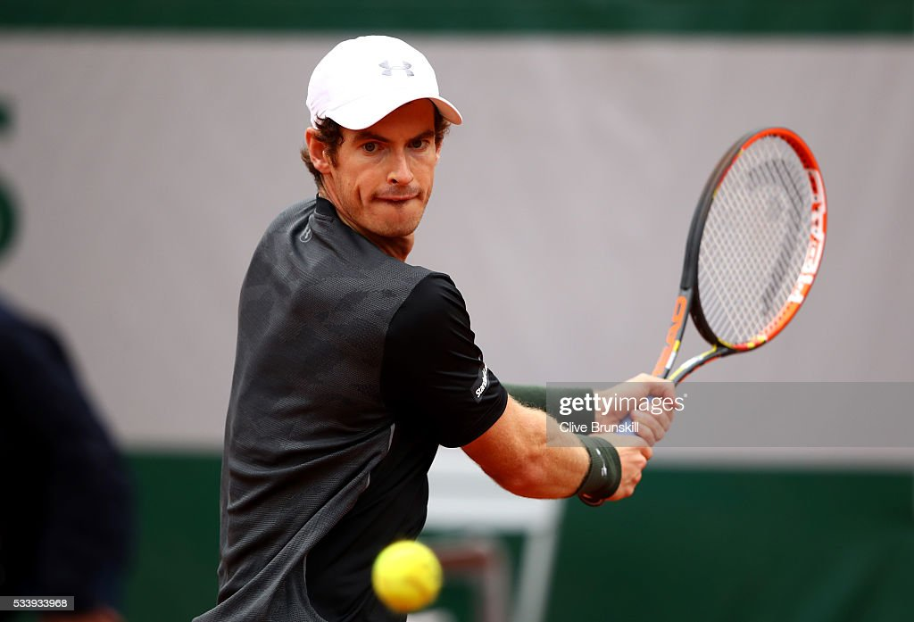 <a gi-track='captionPersonalityLinkClicked' href=/galleries/search?phrase=Andy+Murray+-+Tennis+Player&family=editorial&specificpeople=200668 ng-click='$event.stopPropagation()'>Andy Murray</a> of Great Britain plays a backhand during the Men's Singles first round match against Radek Stepanek of the Czech Republic on day three of the 2016 French Open at Roland Garros on May 24, 2016 in Paris, France.