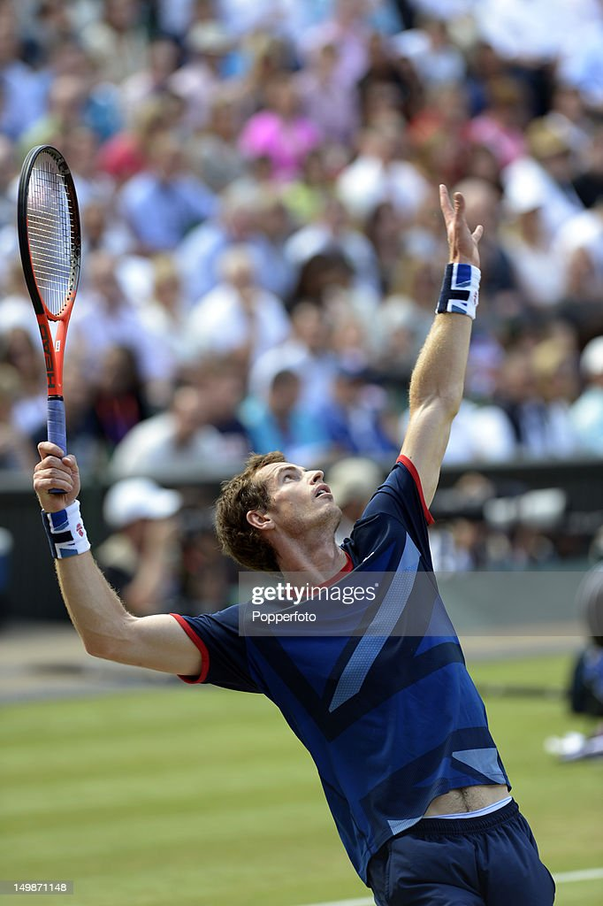 Andy Murray of Great Britain plays against Roger Federer of Switzerland during the Men's Singles Tennis Gold Medal Match on Day 9 of the London 2012 Olympic Games at the All England Lawn Tennis and Croquet Club on August 5, 2012 in London, England.