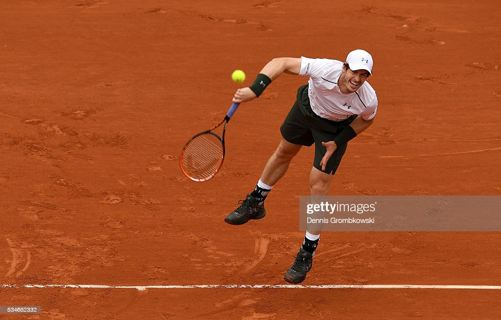 Andy Murray of Great Britain serves during the Men's Singles third round match against Ivo Karlovic of Croatia on day six of the 2016 French Open at Roland Garros on May 27, 2016 in Paris, France.