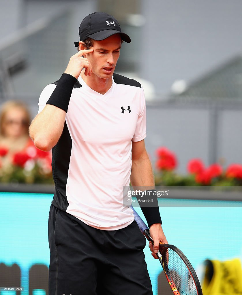 <a gi-track='captionPersonalityLinkClicked' href=/galleries/search?phrase=Andy+Murray+-+Tennis+Player&family=editorial&specificpeople=200668 ng-click='$event.stopPropagation()'>Andy Murray</a> of Great Britain shows his emotions against Gilles Simon of France in their third round match during day six of the Mutua Madrid Open tennis tournament at the Caja Magica on May 05, 2016 in Madrid,Spain