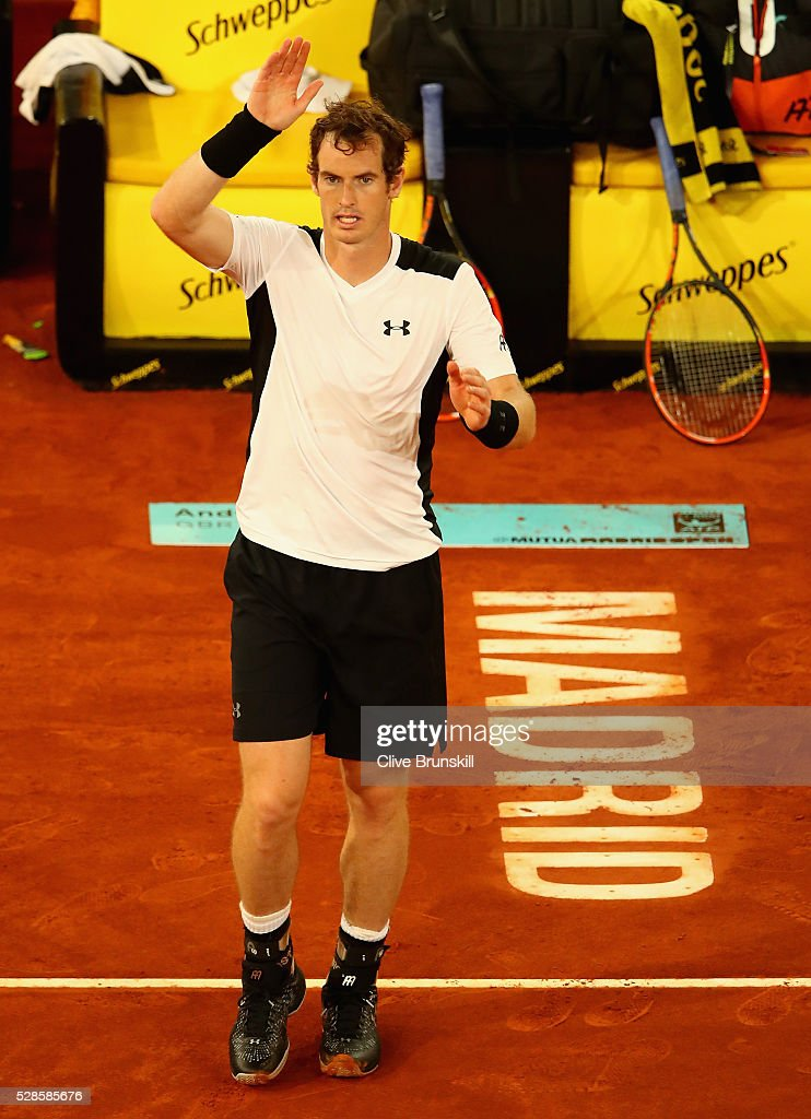 <a gi-track='captionPersonalityLinkClicked' href=/galleries/search?phrase=Andy+Murray+-+Tennis+Player&family=editorial&specificpeople=200668 ng-click='$event.stopPropagation()'>Andy Murray</a> of Great Britain waves to the crowd after his straight sets victory against Tomas Berdych of the Czech Republic in their quarter final round match during day seven of the Mutua Madrid Open tennis tournament at the Caja Magica on May 06, 2016 in Madrid,Spain.