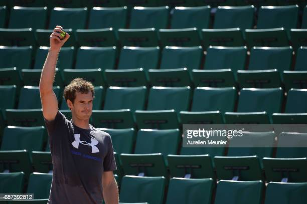 Andy Murray of Great Britain works out during a training session at the 2017 French Open at Roland Garros on May 23 2017 in Paris France