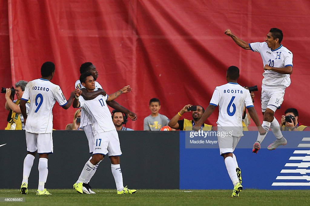 Andy Najar #17 of Honduras, second from left, celebrates with teammates after scoring a penalty kick goal during the 2015 CONCACAF Gold Cup match between Honduras and Panama at Gillette Stadium on July 10, 2015 in Foxboro, Massachusetts.
