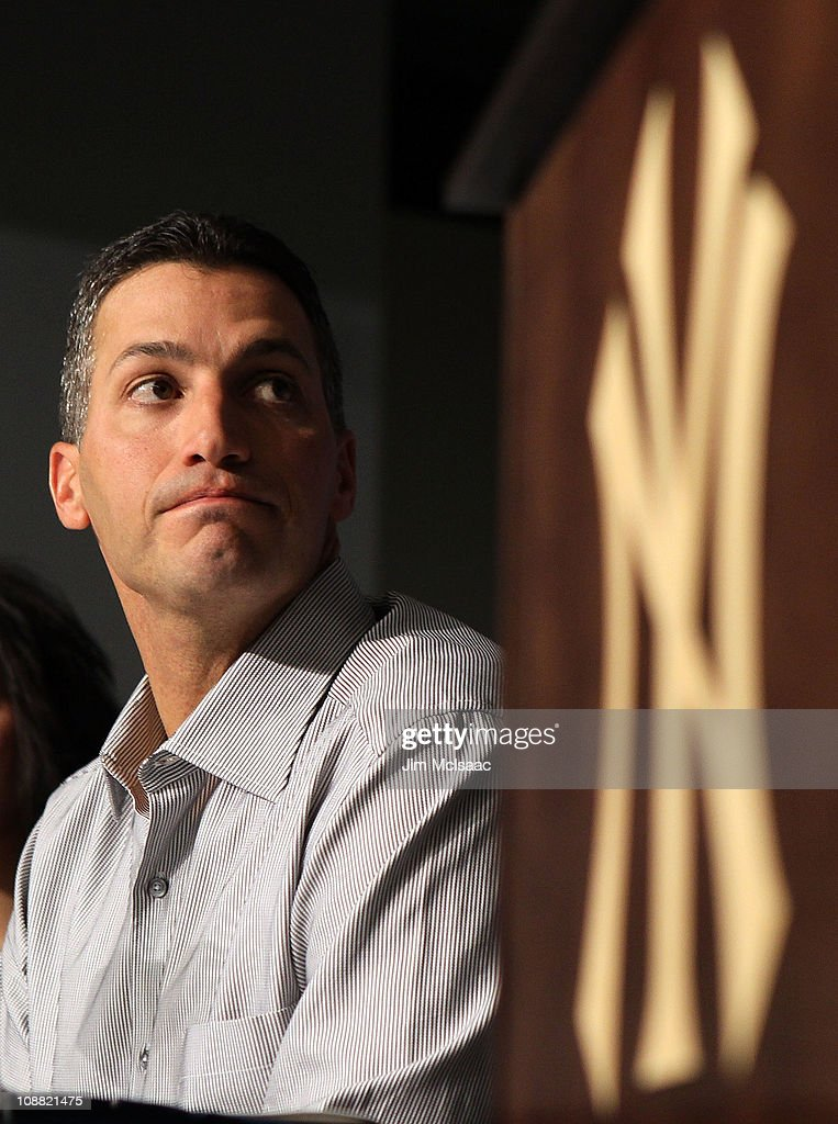 <a gi-track='captionPersonalityLinkClicked' href=/galleries/search?phrase=Andy+Pettitte&family=editorial&specificpeople=201753 ng-click='$event.stopPropagation()'>Andy Pettitte</a> of the New York Yankees speaks during a press conference to announce his retirement on February 4, 2011 at Yankee Stadium in the Bronx borough of New York City.