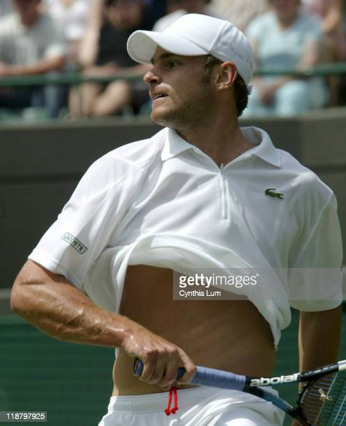 Andy Roddick during his first round match against Jiri Vanek in 2005 All England Championship on June 21 2005 Roddick was leading 61 76 51