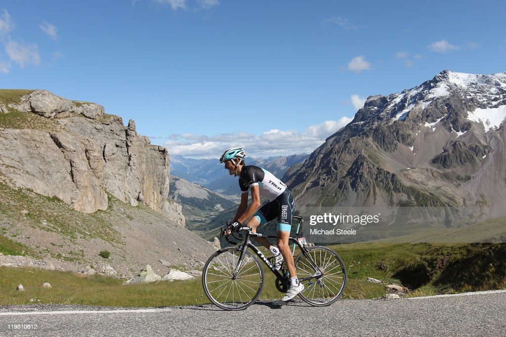 <a gi-track='captionPersonalityLinkClicked' href=/galleries/search?phrase=Andy+Schleck&family=editorial&specificpeople=768445 ng-click='$event.stopPropagation()'>Andy Schleck</a> of Luxemburg and Team Leopard-Trek on his way to victory on the final climb during Stage 18 of the 2011 Tour de France from Pinerolo to Galibier Serre-Chevalier on July 21, 2011 in Galibier Serre-Chevalier,France.
