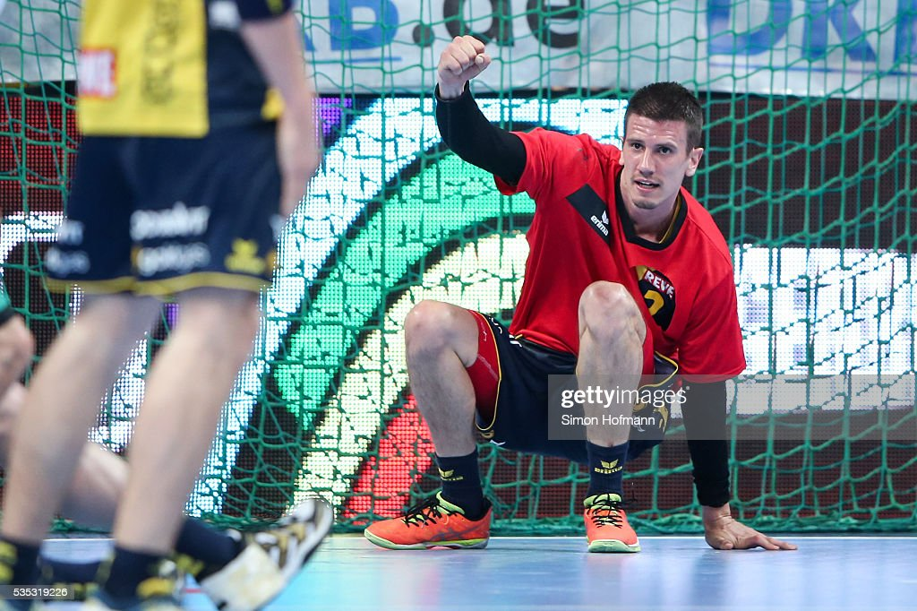 Andy Schmid of Rhein-Neckar Loewen celebrates+ during the DKB Handball Bundesliga match between Rhein-Neckar Loewen and TSV Hannover-Burgdorf at SAP Arena on May 29, 2016 in Mannheim, Germany.