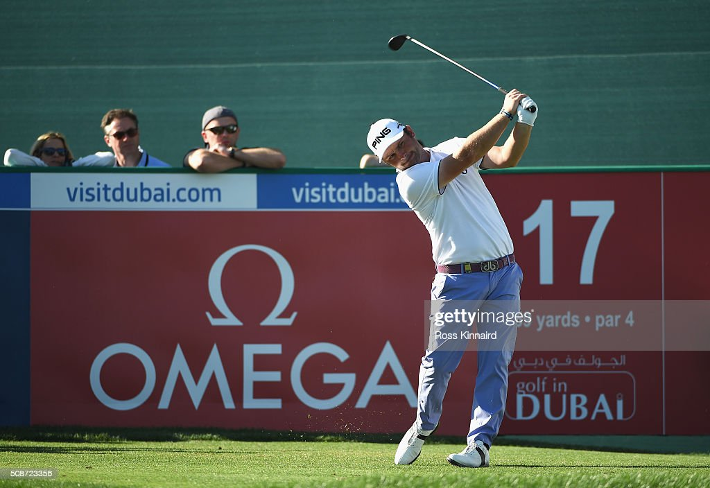 <a gi-track='captionPersonalityLinkClicked' href=/galleries/search?phrase=Andy+Sullivan+-+Golfer&family=editorial&specificpeople=13886721 ng-click='$event.stopPropagation()'>Andy Sullivan</a> of England tees off on the 17th tee during the third round of the Omega Dubai Desert Classic at the Emirates Golf Club on February 6, 2016 in Dubai, United Arab Emirates.