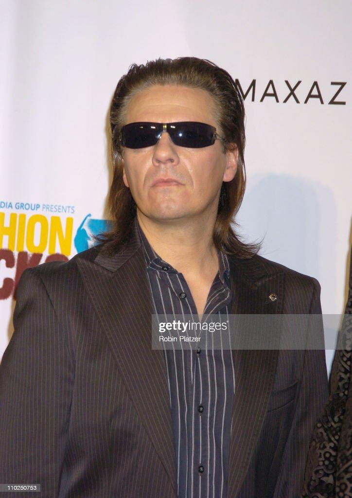 2005 Fashion Rocks - Red Carpet