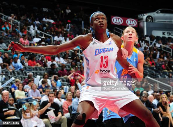 Aneika Henry of the Atlanta Dream boxes out against Courtney Vandersloot of the Chicago Sky in Game Three of the Eastern Conference Semifinals during...