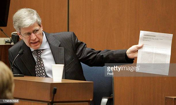 Anesthesiology expert Dr Steven Shafer testifies during Dr Conrad Murray's involuntary manslaughter trial on October 19 2011 in downtown Los Angeles...