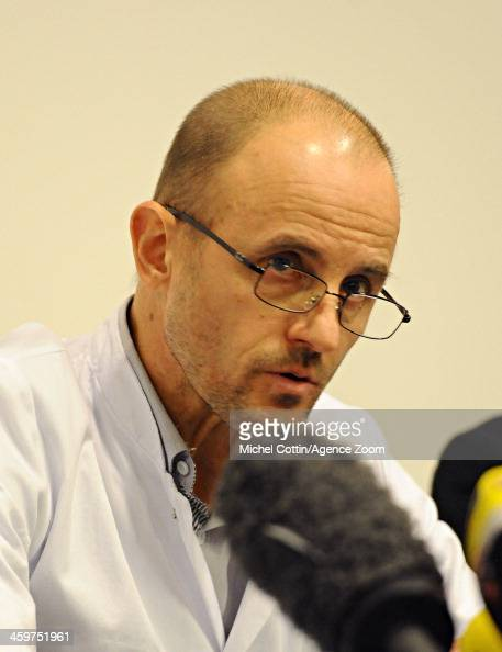 ... Anesthetist Jean Francois Payen is seen during a press conference at ... - anesthetist-jean-francois-payen-is-seen-during-a-press-conference-at-picture-id459751961?s=594x594
