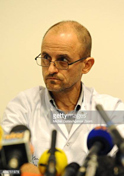 ... Anesthetist Jean Francois Payen is seen during a press conference at ... - anesthetist-jean-francois-payen-is-seen-during-a-press-conference-at-picture-id459751979?s=594x594
