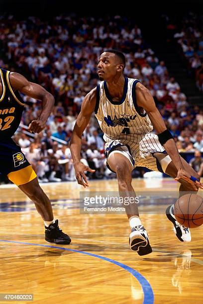 Anfernee Hardaway of the Orlando Magic handles the ball against the Indiana Pacers during game 2 of the Eastern Conference Finals on May 25 1995 at...