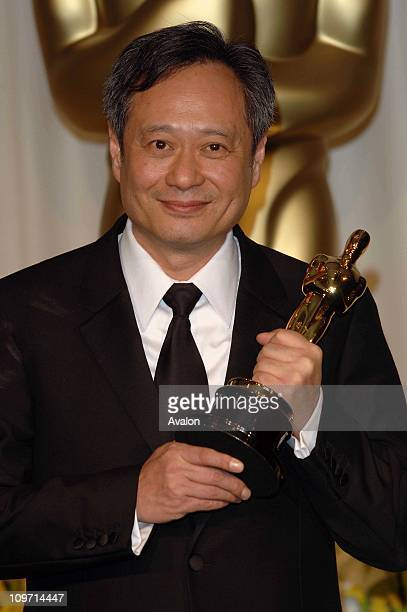 Ang Lee with his award for Best Director for the film Brokeback Mountain at the 78th Annual Academy Awards Oscars in Los Angeles California USA 05 03...