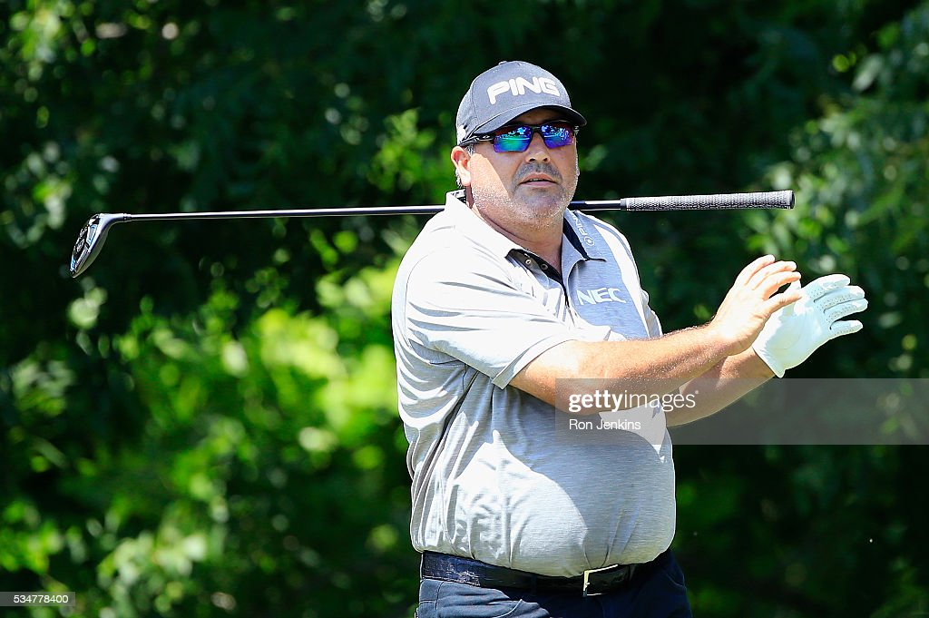 <a gi-track='captionPersonalityLinkClicked' href=/galleries/search?phrase=Angel+Cabrera&family=editorial&specificpeople=204515 ng-click='$event.stopPropagation()'>Angel Cabrera</a> of Argentina follows his shot on the sixth hole during the Second Round of the DEAN & DELUCA Invitational at Colonial Country Club on May 27, 2016 in Fort Worth, Texas.
