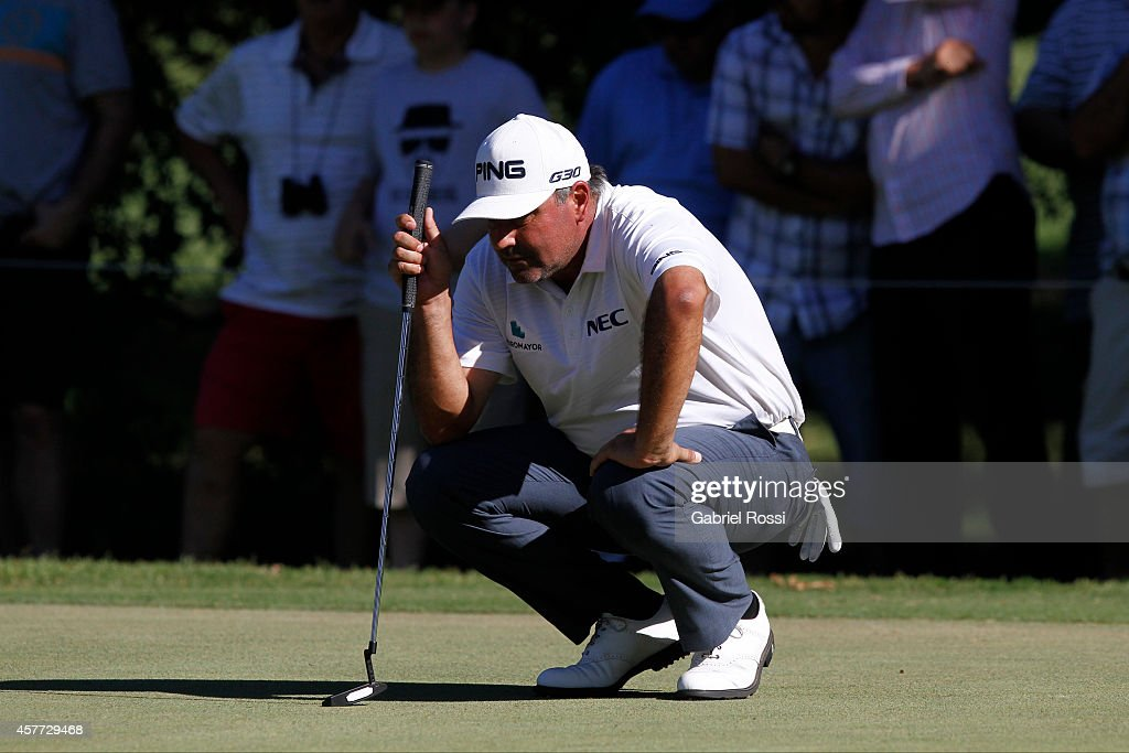 Angel Cabrera of Argentina measures a putt on the 17th hole during the first round of America's Golf Cup as part of PGA Latinoamerica tour at Olivos...
