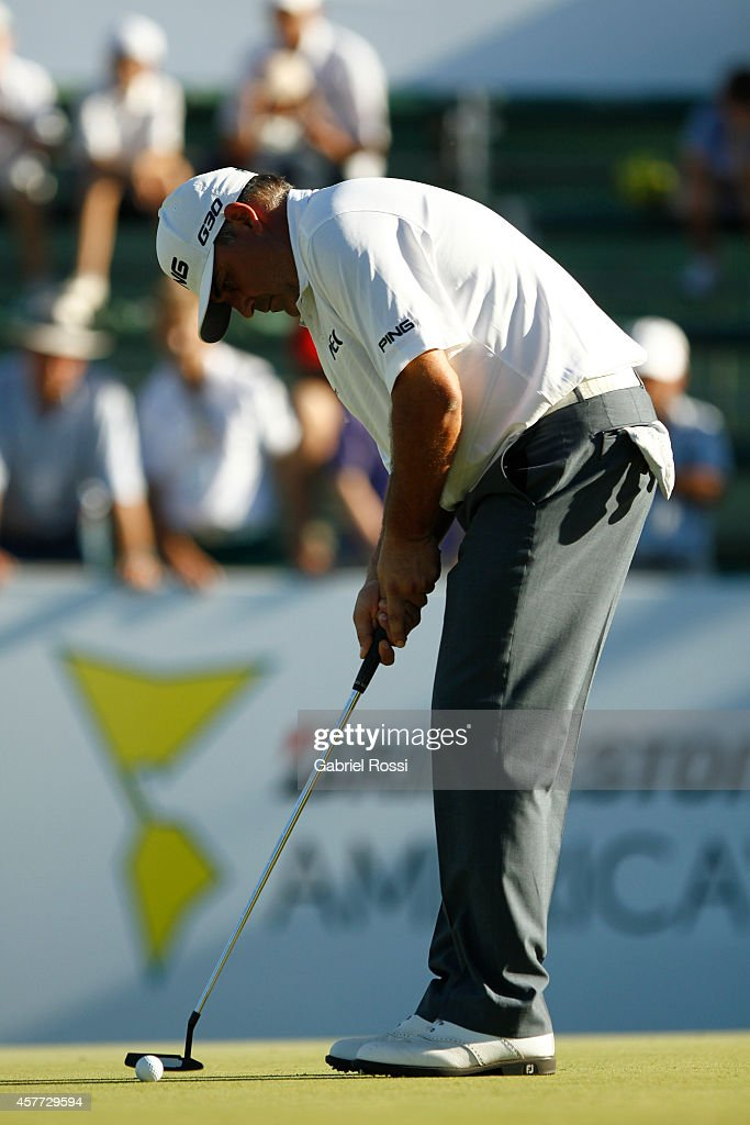 Angel Cabrera of Argentina plays a putt on the green of the 18th hole during the first round of America's Golf Cup as part of PGA Latinoamerica tour...