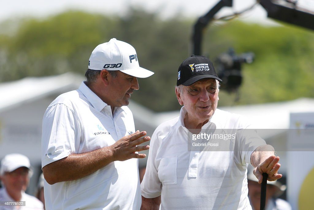 Angel Cabrera of Argentina talks to Roberto De Vicenzo during the first round of America's Golf Cup as part of PGA Latinoamerica tour at Olivos Golf...