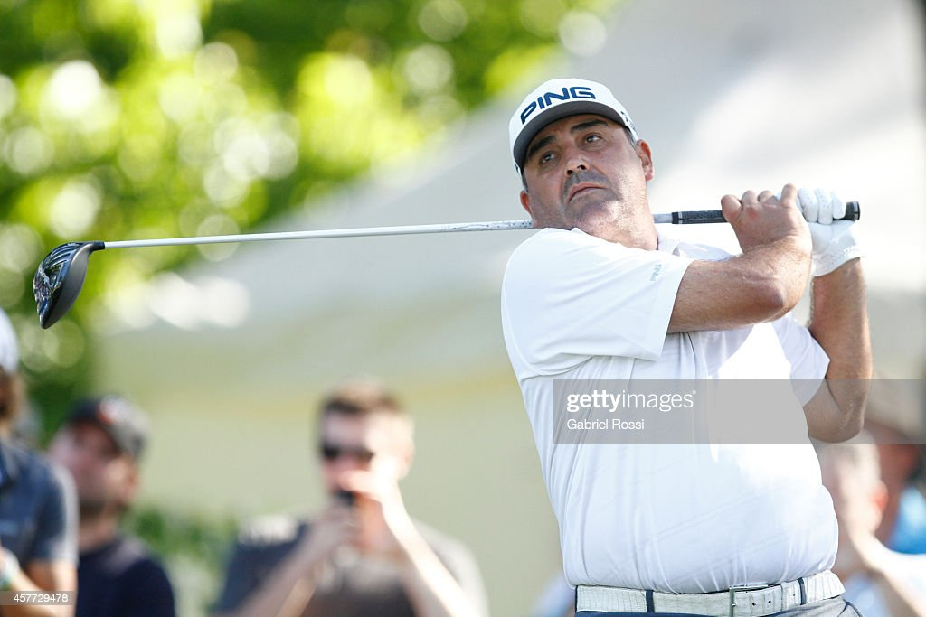 Angel Cabrera of Argentina tees off on the 18th hole during the first round of America's Golf Cup as part of PGA Latinoamerica tour at Olivos Golf...