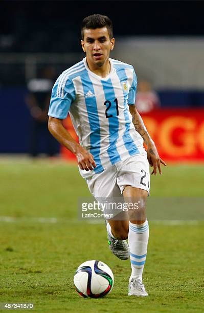 Angel Correa of Argentina drives the ball durng a friendly match between Argentina and Mexico at ATT Stadium on September 08 2015 in Arlington United...