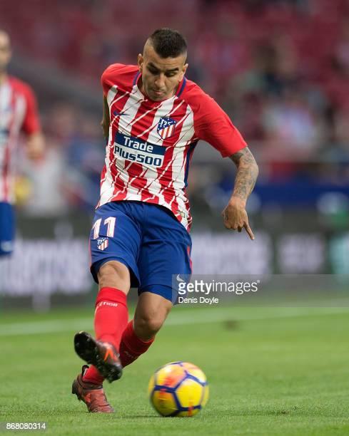 Angel Correa of Club Atletico de Madrid controls the ball during the La Liga match between Atletico Madrid and Villarreal at Estadio Wanda...
