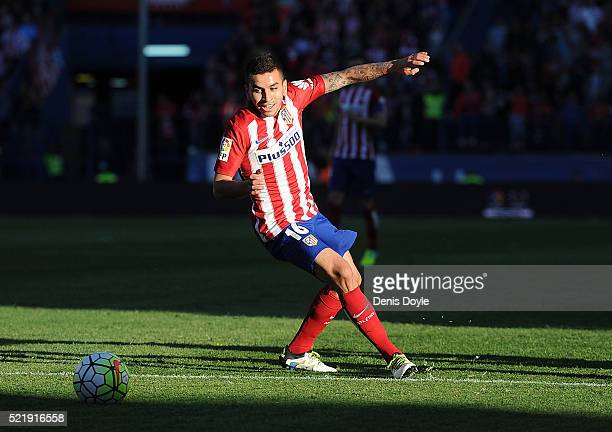 Angel Correa of Club Atletico de Madrid in action during the La Liga match between Club Atletico de Madrid and Granada CF at Vicente Calderon Stadium...