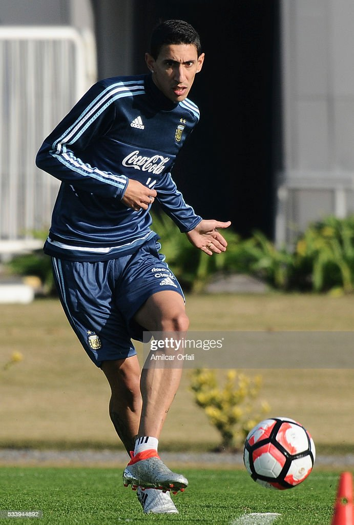 Angel Di Maria kicks the ball during a training session at Argentine Football Association (AFA) 'Julio Humberto Grondona' training camp on May 24, 2015 in Ezeiza, Argentina. Argentina will face Honduras on May 27, 2015.