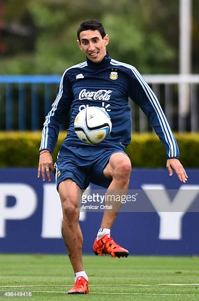 Angel Di Maria of Argentina controls the ball during a training session at Argentine Football Association 'Julio Humberto Grondona' training camp on...