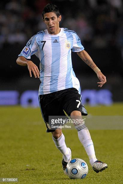 Angel Di Maria of Argentina in action during the match against Peru as part of the FIFA 2010 World Cup Qualifier at Monumental Stadium on October 10...